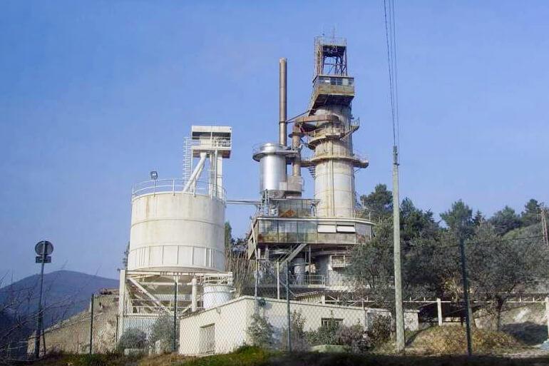 шахтная печь для обжига известняка